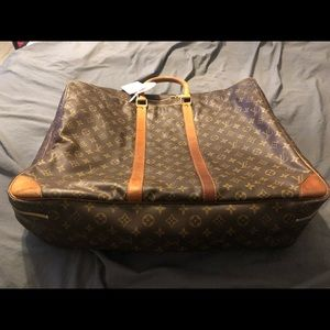Authentic Louis Vuitton Sirius 55